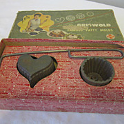 Vintage Griswold Patty Mold