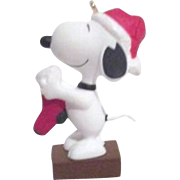 Hallmark Keepsake Christmas Ornament Snoopy with Stocking