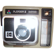 Kodamatic Instant Camera Pleaser II