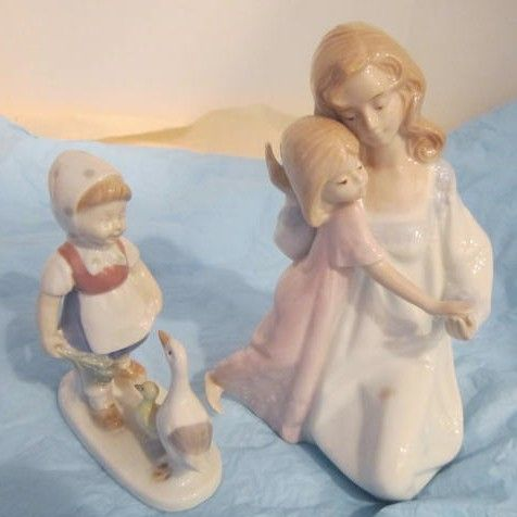 Vintage Ceramic Figurine of Mother and Daughter By Paul Sebastian