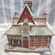 Department 56 North Pole Christmas Village Express Depot