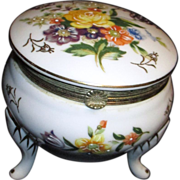 Japanese Footed Hinged Lid Porcelain Round Box