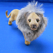 Adorable Small Vintage  Lion for An Adult Child!