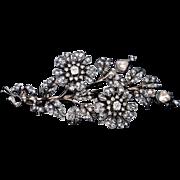 Large Victorian Era Antique ' En Tremblant ' Diamond Brooch, French c. 1880