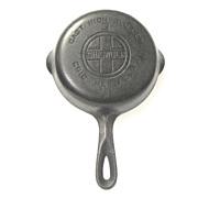 Cast Iron Griswold Skillet, No. 3, Large Logo