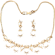 SALE 28853a - Vintage HOLLYCRAFT 1953 Carved Tulips & Clear Rhinestones Necklace