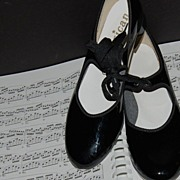 SALE 1960/70s American Dance Supply ~ Black Patent Tap Shoes
