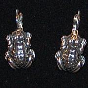 SALE 1980s Silvertone Frog Leverback Earrings