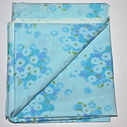 SALE 1960s Pacific Miracale ~ Blue Daisies No Iron Double Flat Sheet