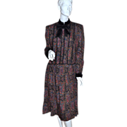 SALE 1970/80s Oscar de la Renta ~ Victorian Style Gothic Lace Floral Dress