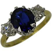 REDUCED Traditional Classic Sapphire & Diamond 3 Stone Ring * * * * *