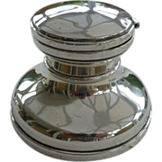 """""""Capstan"""" style Solid Silver 1922 Ink Well"""