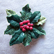 REDUCED ~ CHRISTMAS BROOCH ~ Hallmark Holly & Berries Brooch Is Delightful And Cheery