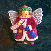 REDUCED ~ CHRISTMAS ANGEL ~  Button Cover Holiday Angel With Pizzazz !!!
