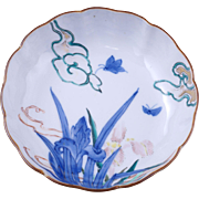 Japanese Imari porcelain scalloped edge over glaze enamel bowl with iris design circa 1900