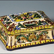 Italian Faience Majolica Box with Lovebird Decoration