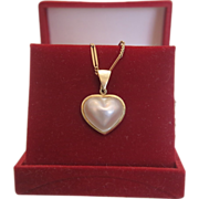 SALE Cultured pearl heart pendant set in 14k yellow gold, ca. 1970