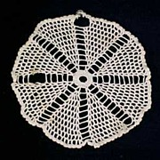 """Vintage CROCHET LACE Round DOILY 8"""" Diameter Table Linen"""