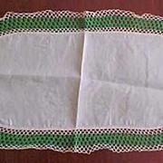 "Vintage Handmade White Cotton Linen & Crochet Lace Oval Table Runner 22"" x 13"" Table"