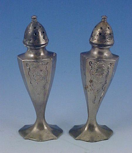 Vintage Silverplate SALT & PEPPER Shaker Set - Quaker #505