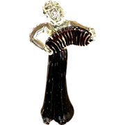 Mid Century Murano Glass Lady Figurine Playing A Concertina