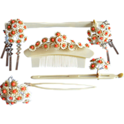 Cream And Orange Flower Celluloid Japanese Kanzashi and Kushi Set Comb and Hairpins
