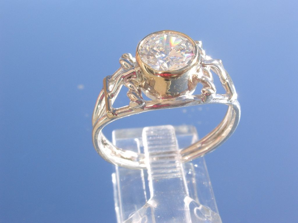 Sterling Wire/9kt Yellow Gold Cubic Zirconia Ladies Ring