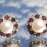 Sterling Vivacious Multi Garnet/Freshwater Pearl Stud Earrings