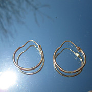 14kt Yellow Gold Round Hoop Earrings