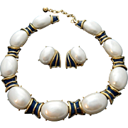 TRIFARI crown faux pearls and enamel 1960's Necklace and earrings SET