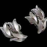 SALE Trifari Elegant Brushed, Polished Silver Tone Tulips Earrings