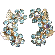 SALE Vintage Weiss Delicate Rhinestone Flower Earrings