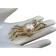 Plump Faux Pearl and Rhinestone Spider Pin Brooch