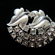 SALE Vintage Clear Rhinestones and Leaves Pin Brooch