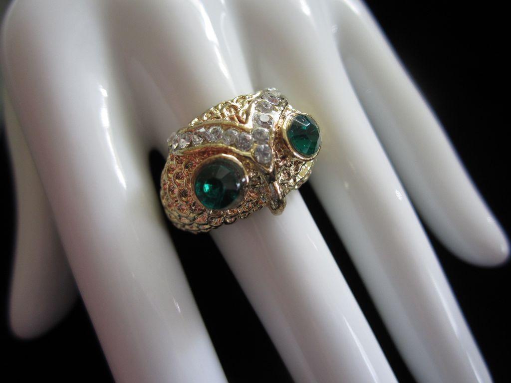 Fabulous Vintage Rhinestone Owl Ring, Size 10