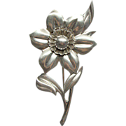 Wonderful Vintage Taylord Sterling Silver Floral Brooch Pin