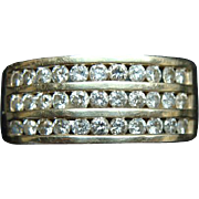 10K Gold Ring With 33 Diamonds Size 8 Over 1/2 Carat