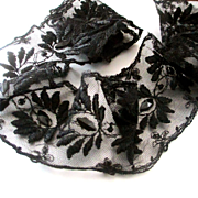 Lovely Victorian Jet Beaded Lace Scalloped Trim