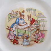 """Royal Doulton """"Bunnykins"""" Plate Baking With Mother Vintage Kitchen"""