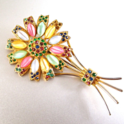 Adorable Lucite and Rhinestone Flower Brooch