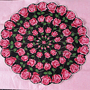Prettiest Round Scalloped Hankie Roses