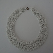 Vintage White Chocker Necklace Tiny Beads