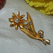 Genuine Pearl & Tiny Diamond Daisy Pin Brooch