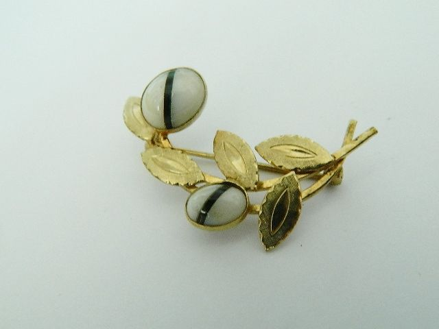 Vintage Art Deco Period Banded Agate 12 K Gold Fill Brooch ~ Sulton Co.
