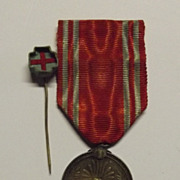 Japanese 1888- Red Cross Medal & Life Member Rosette