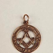 1916 9ct Rose Gold Masonic Symbol Pendant