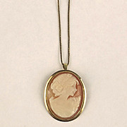 9ct Yellow Gold Cameo Necklace/Brooch