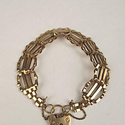1969 9ct Yellow Gold Bracelet With Heart Clasp