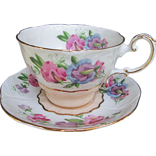 Sweet Pea Cup & Saucer Set Paragon Fine Bone China Vintage Hand Painted