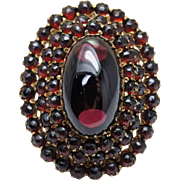 Antique Late Victorian Almandine Garnet Cocktail Ring in Yellow Gold